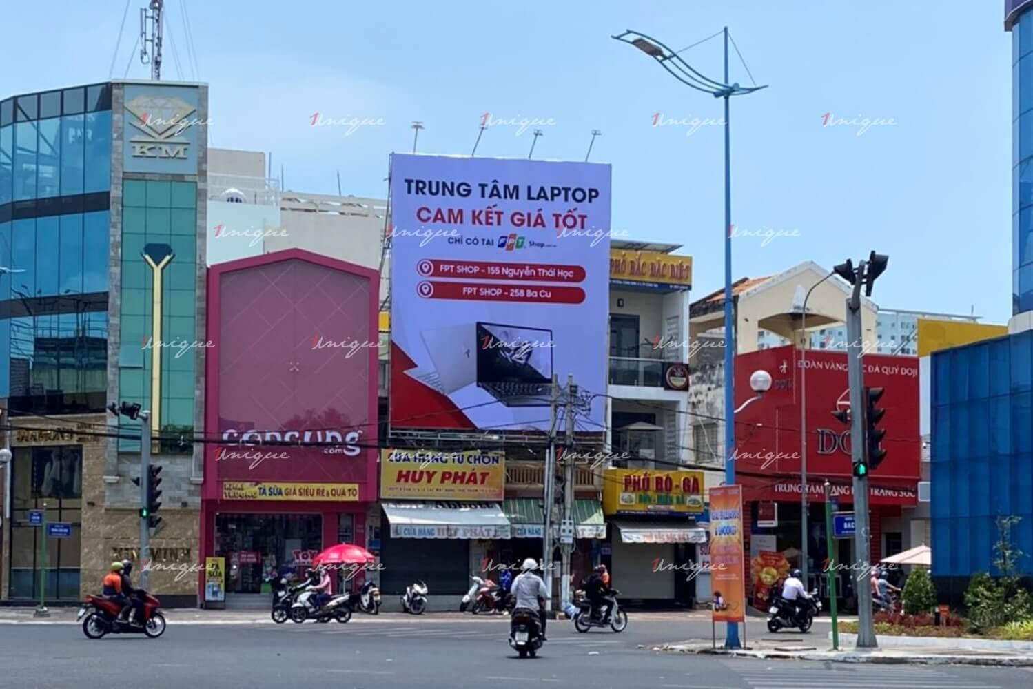 Pano quảng cáo ngoài trời tại Vũng Tàu của FPT Shop
