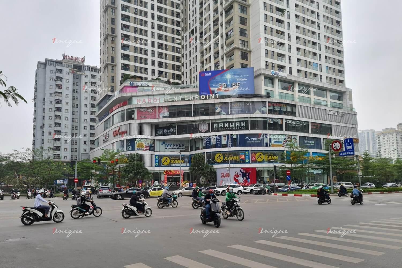 Màn hình Led quảng cáo ngoài trời tại Centerpoint (ngã tư Lê Văn Lương Hoàng Đạo Thúy)