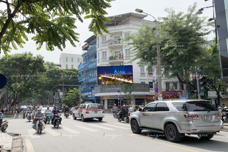 Màn hình Led quảng cáo ngoài trời tại Ngã tư Bà Triệu - Trần Nhân Tông