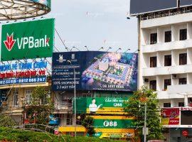 Pano quảng cáo tại Hà Tĩnh của dự án Bất động sản D'Metropole (Tân Hoàng Minh)
