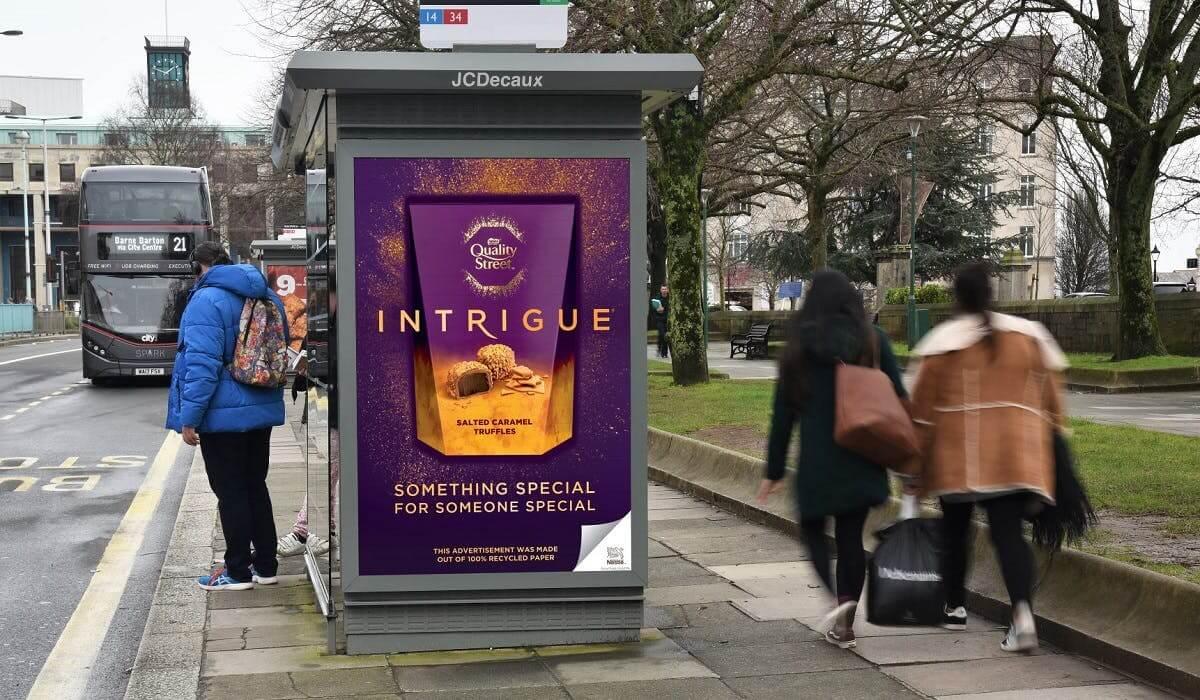 Nestlé sử dụng giấy tái chế trong các chiến dịch quảng cáo ngoài trời tại Anh