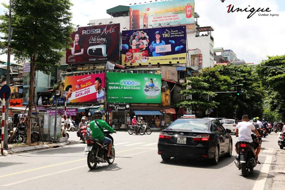 quảng cáo sapo trên pano và xe buýt
